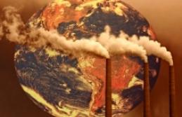 Ekonomileri fosil yakıtlara bağımlı ülkelerin dönüşüm ihtiyacı derinleşiyor
