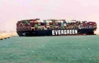 Süveyş Kanalı'nda sıkışan gemi dünya lojistik...
