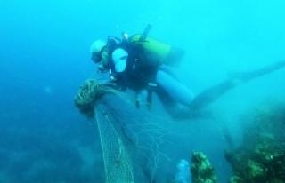 Denizlerden geçen yıl 10 bin metrekare 'hayalet...