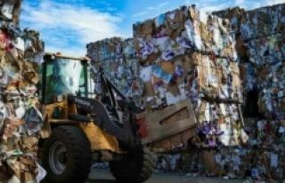 'Ülkemizde dönüştüremezken dünyanın çöpünü...