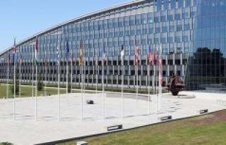 NATO ilk kez iklim değişikliğiyle mücadeleyi gündemine...