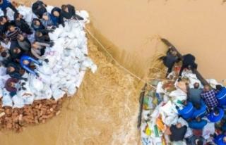 Çin'de sel felaketi: Yaklaşık 2 milyon insan...