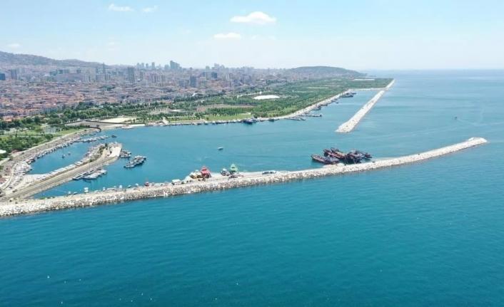 """""""Marmara Denizi, küresel iklim değişikliği ve kirliliğe bağlı olarak ısınıyor"""""""